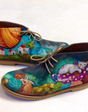 desert-boots-cats-600x600